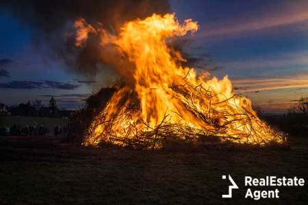 Easter Fire in Northwestern Europe