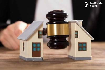 dividing real estate in divorce
