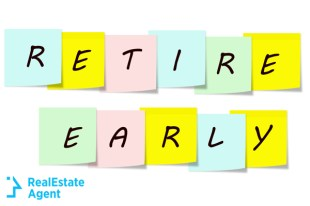 retire early written on a sticky color notes