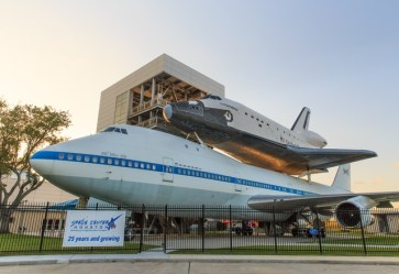 the space shuttle at independence plaza in space center houston