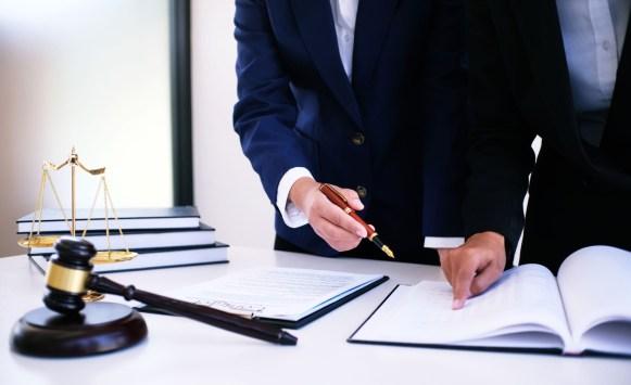 خدمة المحامي 3