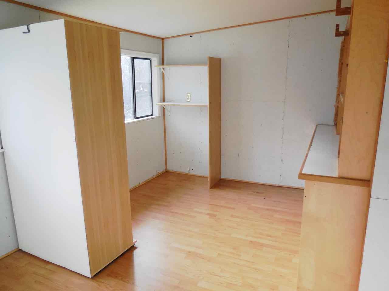 561-820190 backroom