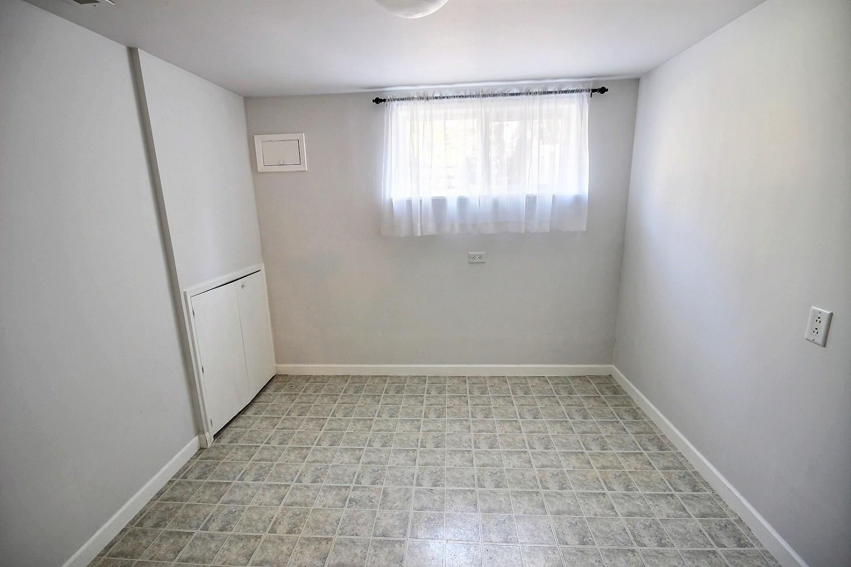 16 Bonus Room
