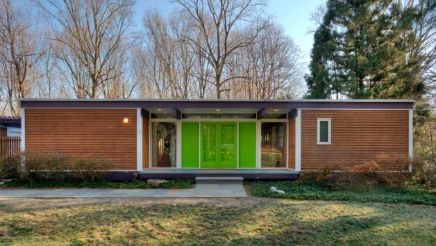 What Is Mid-Century Modern? All About This Architectural Style
