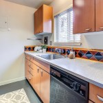 kitchen2 SOLD for $105,000 more than asking! Queen Anne View Condominium!
