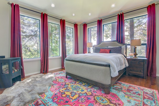 bedrm-master LAURIE WAY ANNOUNCES   NORTHWEST LIVING IN BREMERTON   JUST LISTED