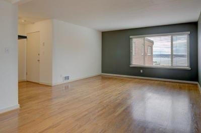 3-LIVING-ROOM-ENTRY LAURIE WAY ANNOUNCES | MID CENTURY MODERN CONDO FOR SALE | 330 W OLYMPIC PL #404