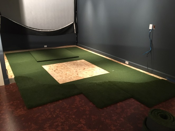 5' x 5' cut-out for the Country Club Elite® Real Feel Golf Mat® for the tee-off
