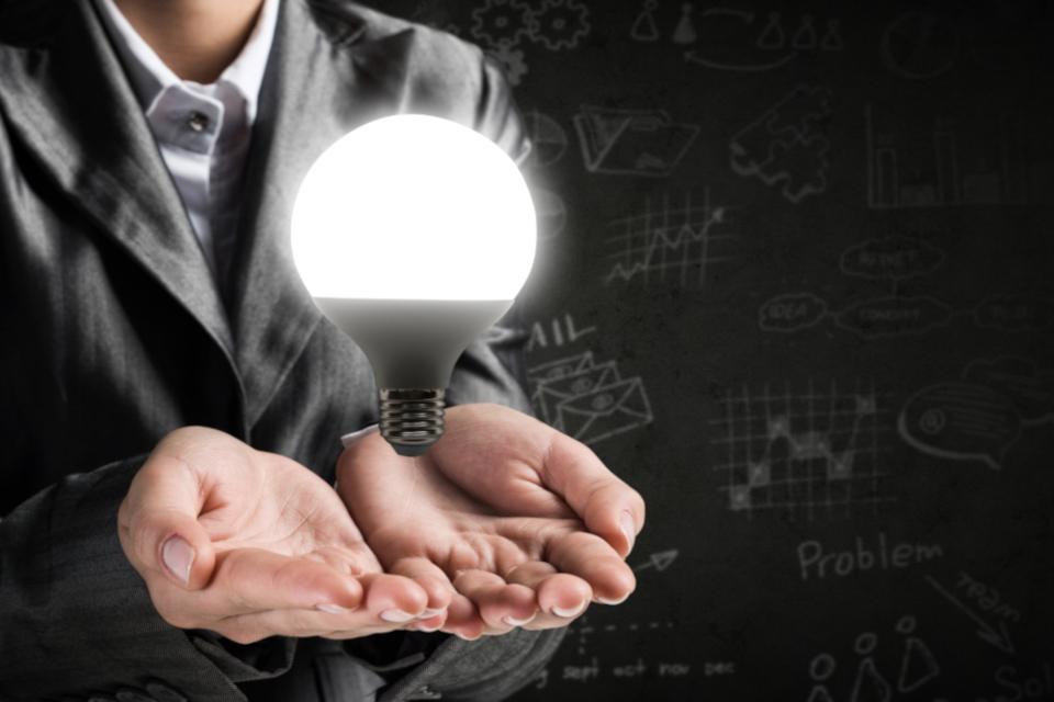 RPAとマクロの違いとは?_業務効率化ならどちらを選ぶべき?_1