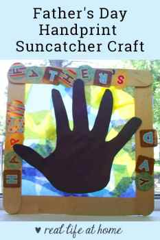 Looking for a great handprint craft for young children? Here is a step-by-step tutorial for making the perfect little Father's Day handprint suncatcher for Dad! This handprint craft would also be perfect for moms or grandparents.