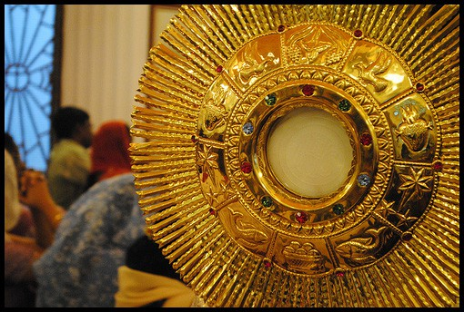 New Experience #8: Taking the Kids to Adoration
