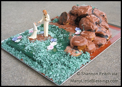 tomb First Communion cake