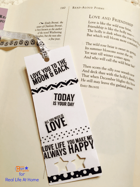 A tutorial for creative DIY bookmarks for kids (and adults!). This is a fun, customizable project using washi tape along with many other materials you might have around the house!