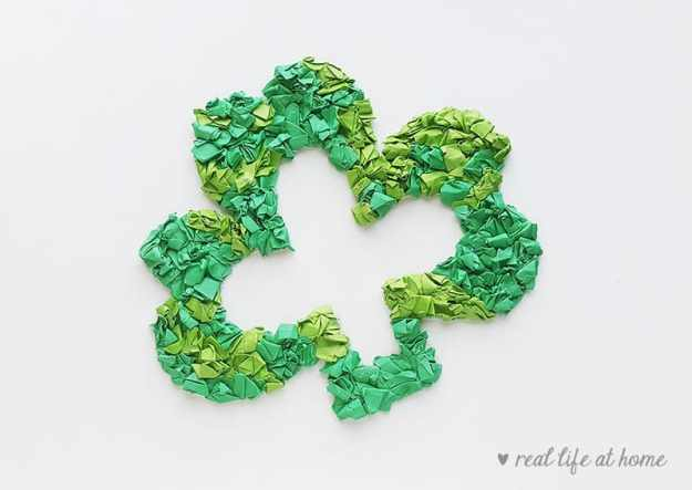 Shamrock Wreath Paper Craft for Kids | Real Life at Home