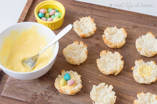 How to make coconut nest cookies (directions and recipe)