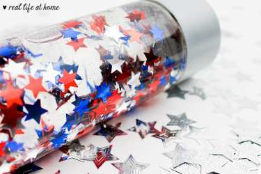 How to Make a Sensory Bottle (Picture of a Patriotic Sensory Bottle)