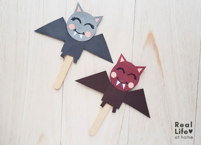 Bat Stick Puppet Craft for Kids (with printable template)