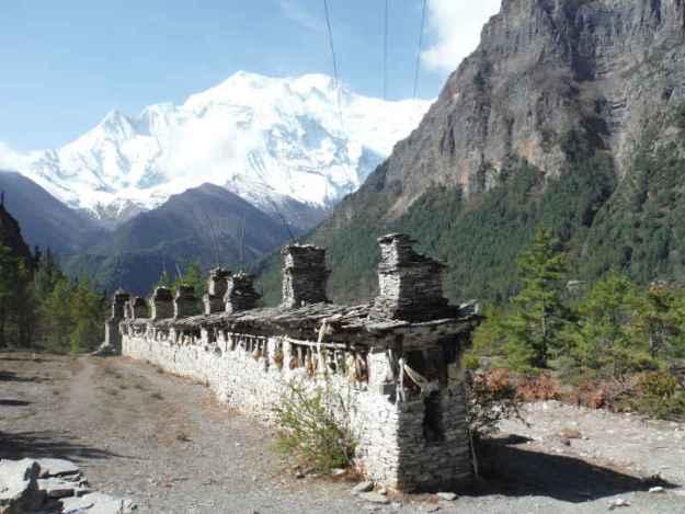 annapurna range in nepal