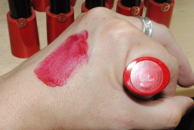 armani-rouge-ecstasy-cc-lipstick-401-hot-swatch