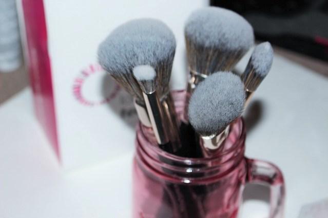 look-good-feel-better-makeup-brushes
