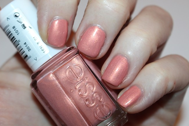 Essie Winter 2016 Oh Behave!
