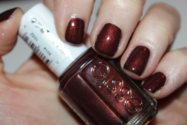 Essie Winter 2016 Ready to Boa