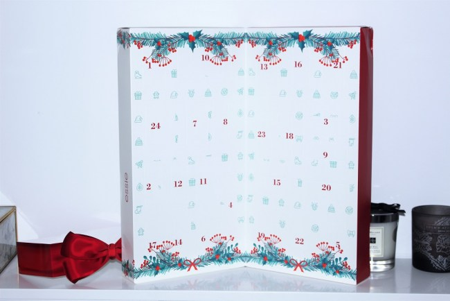 Essie Nail Polish Advent Calendar 2017 24 Day Christmas Countdown