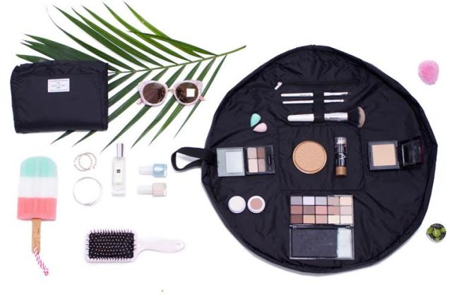 Flat Lay Co Makeup Bag