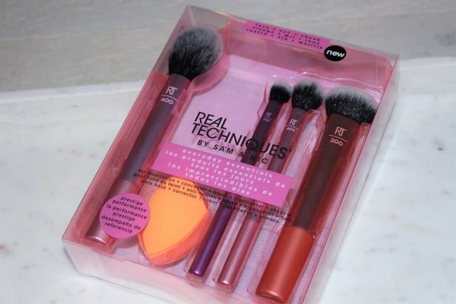 Real Techniques Everyday Essentials Set