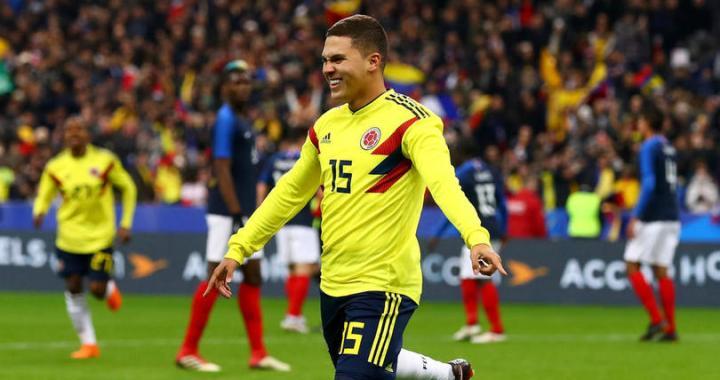 Bursa zvonurilor – Achraf dorit de Borussia Dortmund, Real interesata de Quintero