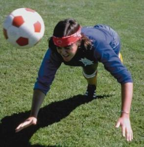 concussions and girls soccer