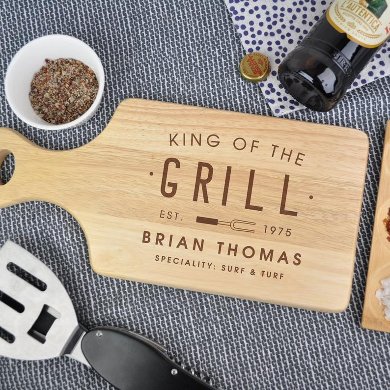 King Of The Grill' BBQ Board - Christmas Gifts For Dads: 50 Gifts That Are Not Socks