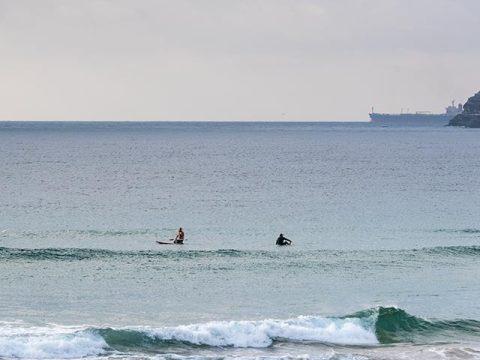 ship surfers