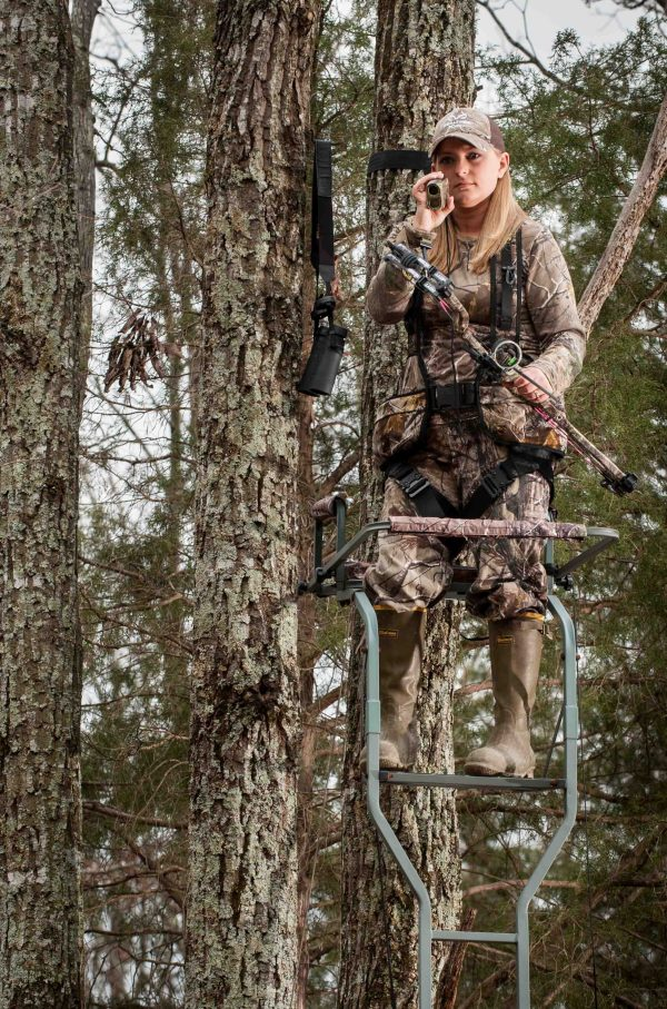 Bowhunting Ladder Stands
