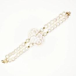 bracciale di perle e cammeo