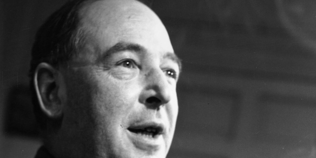 C.S. Lewis For Beginners: A Guide