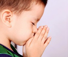 little-boy-in-prayer