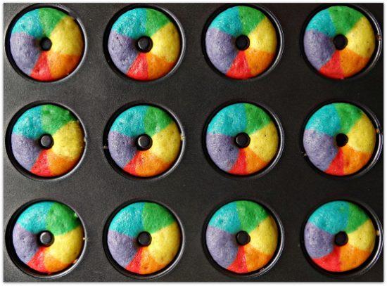 rainbow-donuts-tray1
