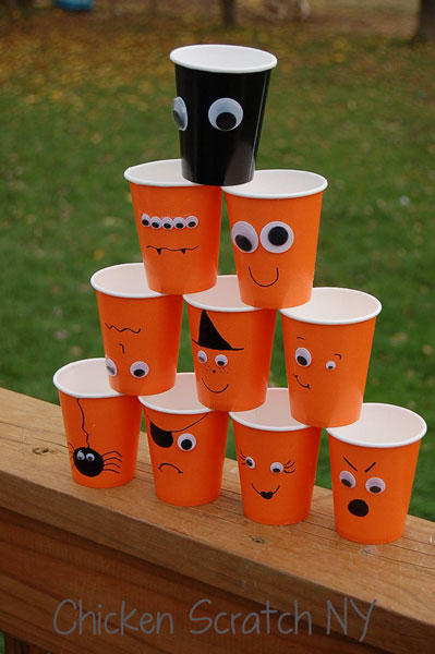 halloween-cups-stacked-diy