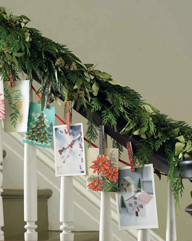 banister-card-garland