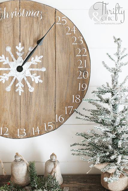 http://www.thriftyandchic.com/2016/11/diy-wood-clock-christmas-advent-calendar.html
