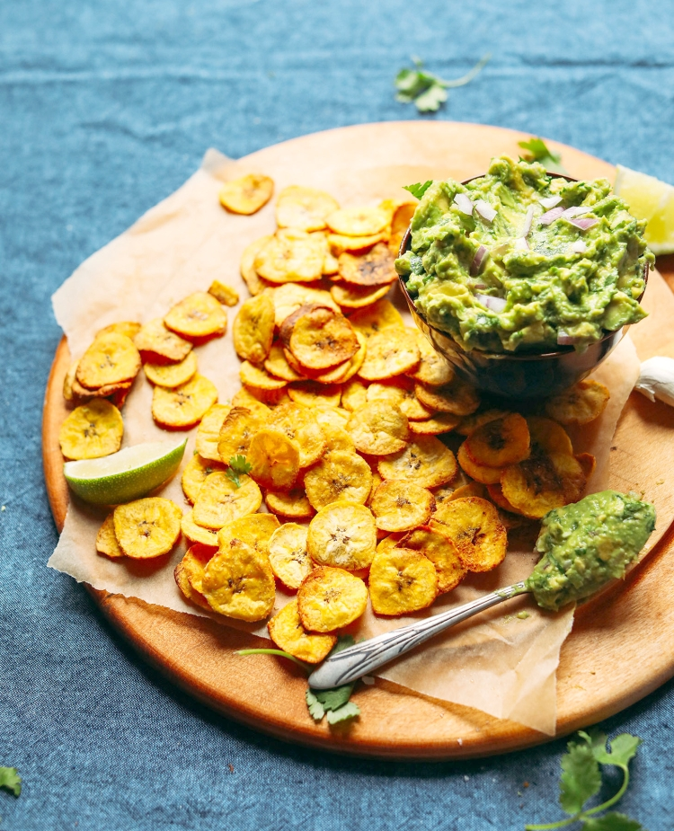 Plantain-Chips-and-Dip