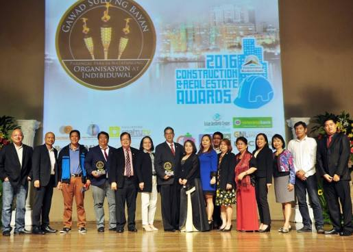Congratulations to Rebap Makati's very own, CRB Al Roque for being recognized as 2016 Prestigious Seal Awardee Real Estate Broker MIS at Gawad Sulo Ng Bayan Foundation 2016 Construction & Real Estate Awards (CREA).