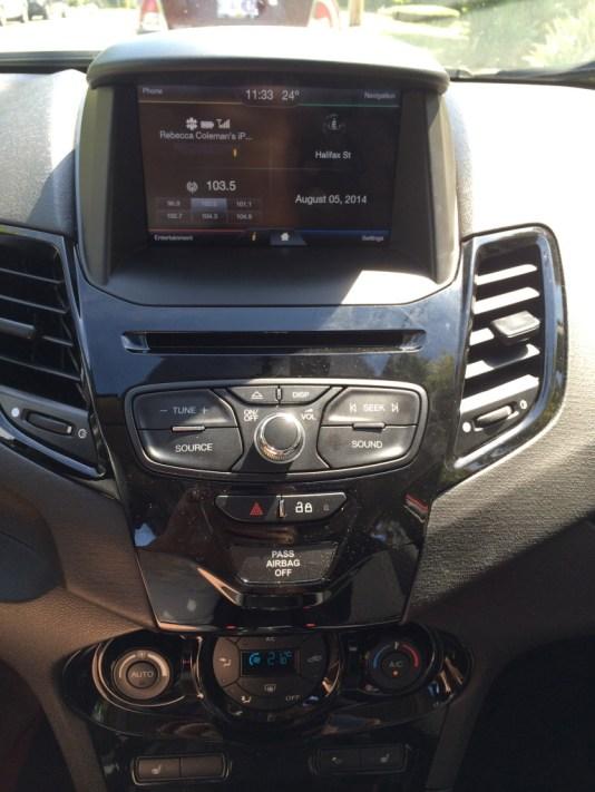 Dashboard 2014 Ford Fiesta