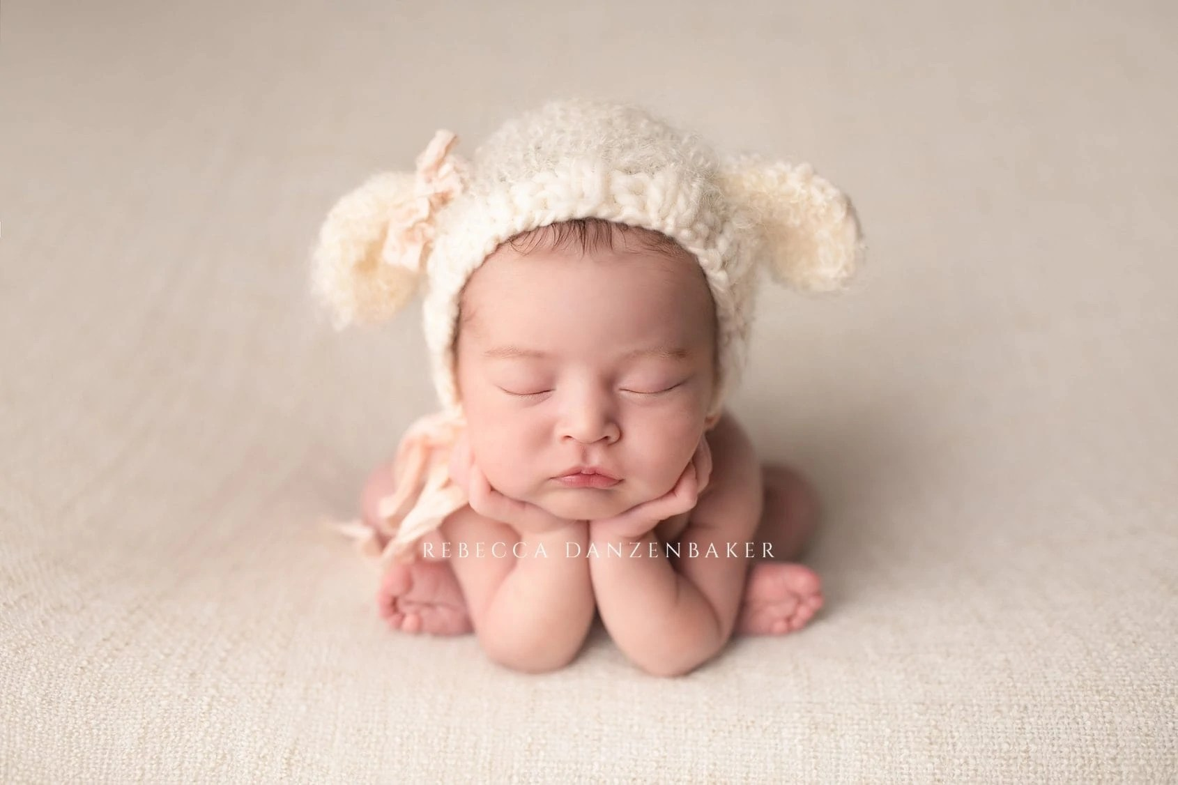Newborn Baby Photoshoot in Studio by Ana Brandt (Music by Evan ...   1126x1690