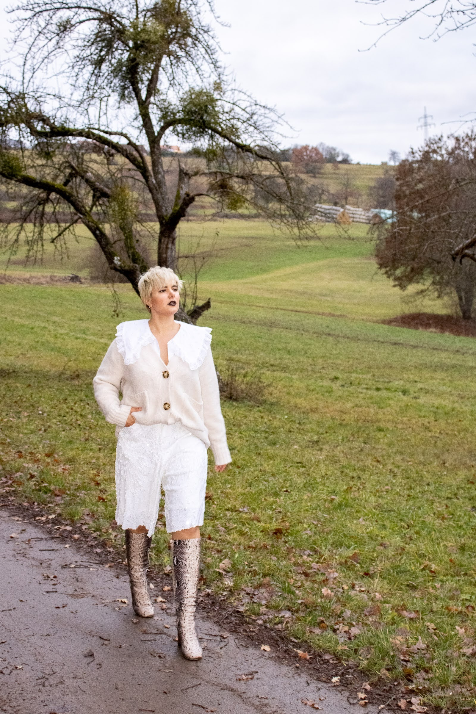 Winter White Monochromatic Outfit Challenge @RebeccaInEurope