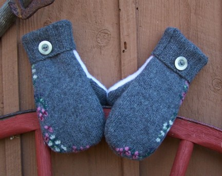 Mittens from wool sweaters