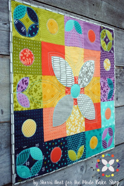 Mini quilt pattern by Sherri Noel