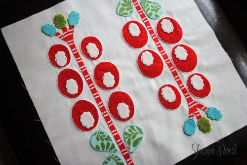 christmas quilting ~ Quiltmakers 100 blocks