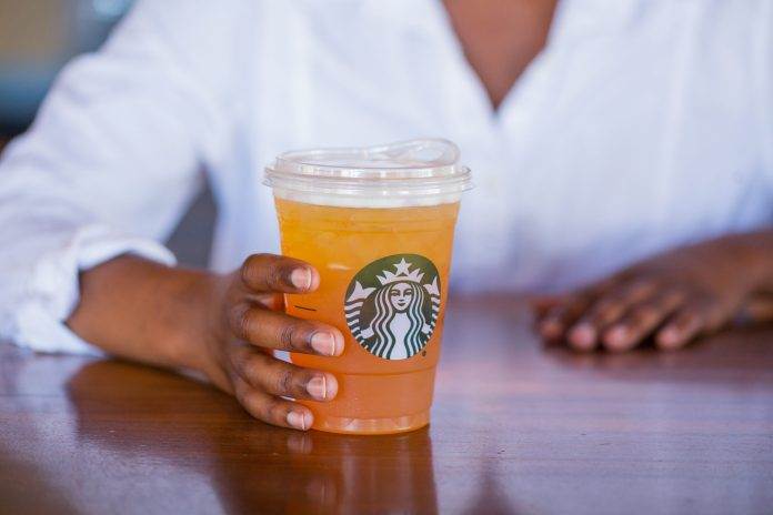 Starbucks introduces strawless lids